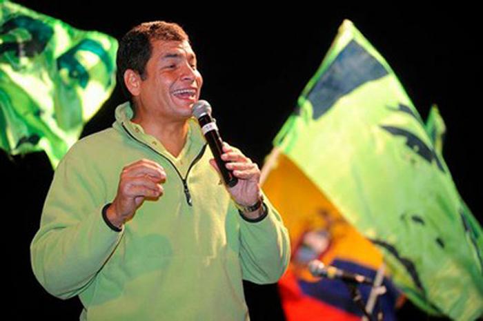 Rafael Correa acapara una intención de voto del 63 por ciento