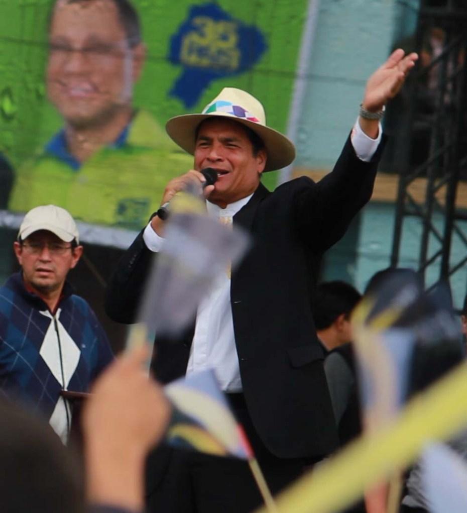 Rafael Correa TODO 35