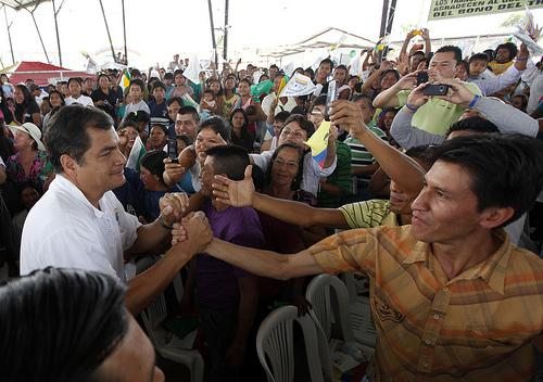 Popularidad Rafael Correa 01FEB2013