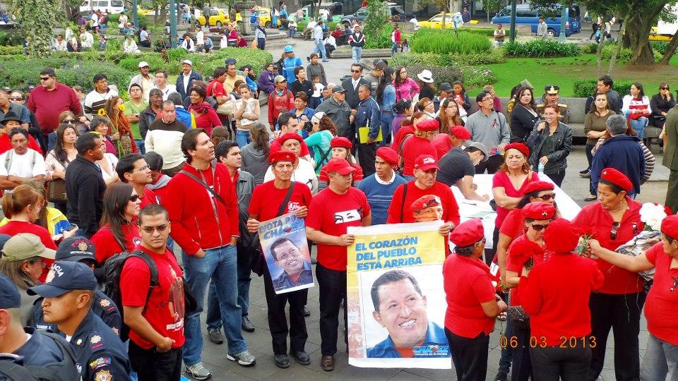 Despedidad Chavez UIO 6MAR2013 - 01