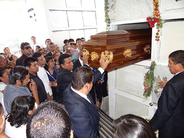 CARLOS RAMOS2