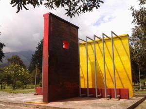 """Foto: Taller David Santillán - Recuperación al """"Monumento de los Desaparecidos"""" 2014"""